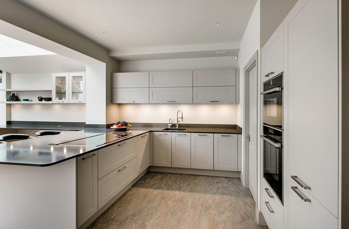 Cashmere Shaker kitchen design - Alon Interiors, Larkfield
